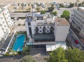 Ferretti Beach Hotel, hotel a Rimini