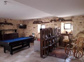 Chambre d'hôtes Le Cascadou, accessible hotel in Banassac