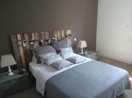 Les chambres de Titou, hotel in Mont-de-Marsan
