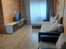 Таунхаус ГЛЦ озеро Банное, отель в Якты-Куле