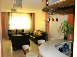 Departamento Privado en el Centro de Lambayeque, apartment in Lambayeque