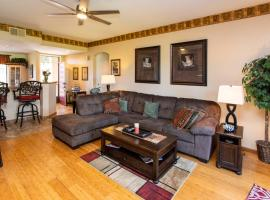 Desert Princess Vacation rental CONDO, hotel in Cathedral City