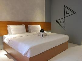 NIte & Day MDC Puncak - Gadog, hotel in Bogor