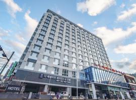 The Venezia Suite Hotel, hotel in Chuncheon