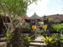 Tri Upasedana House Ubud, hotel in Ubud