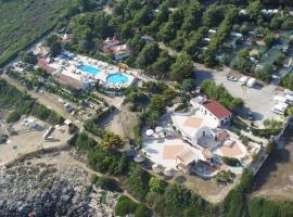 Santomaj, campground in Leporano