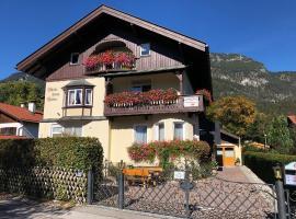 Gästehaus Maria, guest house in Garmisch-Partenkirchen