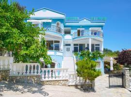 Ellinas Hotel, serviced apartment in Chrysi Ammoudia