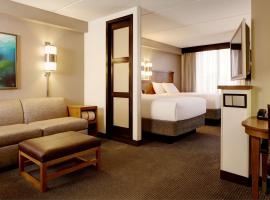 Hyatt Place Charlotte Airport/Lake Pointe, hotel near Charlotte Douglas International Airport - CLT,