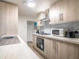PLATFORM Avenues Apartment 1, apartment in Hull