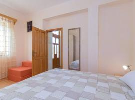 Apartment Lino, apartment in Premantura