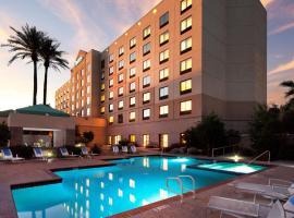 Radisson Hotel Phoenix Airport, hotel near Phoenix Sky Harbor International Airport - PHX, Phoenix