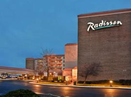Radisson Cleveland Airport, hotel near Cleveland Hopkins International Airport - CLE,