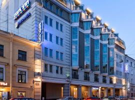 Park Inn by Radisson Nevsky, hotel en San Petersburgo