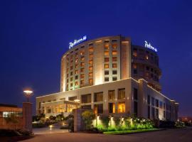 Radisson Blu Hotel New Delhi Dwarka, spa hotel in New Delhi