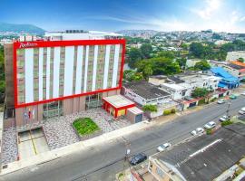 Radisson Hotel Guayaquil, hotel en Guayaquil