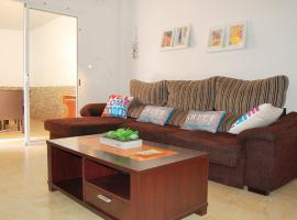 Candelaria apartment. Terrace and pool !, hotel en Candelaria
