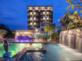 River Front Krabi Hotel, hôtel à Krabi