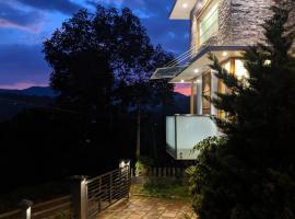Vythiri Adora Holiday Home, hotel in Vythiri