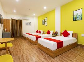 OYO 658 Euro Gold House And Coffee, beach hotel in Da Nang