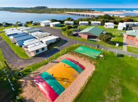 Great Ocean Road Tourist Park, hotel in Peterborough
