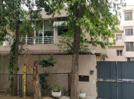 BE ONE, homestay in New Delhi