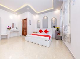 OYO 598 Peony Hotel, khách sạn ở Cam Ranh