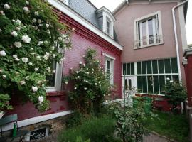 La Maison Rouge, bed and breakfast en París