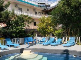 China Town Hotel, hotel in Caye Caulker