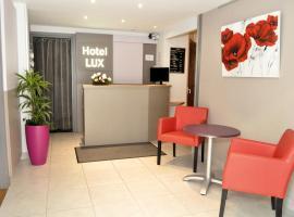 Hotel Lux, hotel in Grenoble