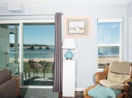 Waters Edge 214, apartment in Lincoln City