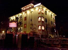 Hotel Triveni Residency, hotel near Birla Mandir Temple, Jaipur, Jaipur