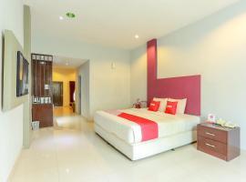 OYO 2073 Grand Inn Hotel Lombok, hotel in Mataram