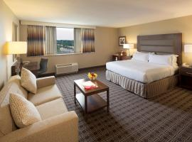 Hilton Crystal City at Washington Reagan National Airport, hotel near The Pentagon, Arlington