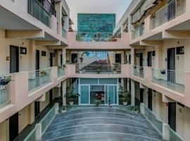 Airport Hotel Classy Residency, hotel near Delhi International Airport - DEL, New Delhi