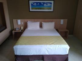 HotSprings B3 Hotels - Suíte Premium, hotel em Caldas Novas