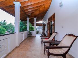 Chami Villa Bentota, отель в Бентоте