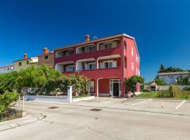 Apartments Boris 771, Ferienwohnung in Fažana