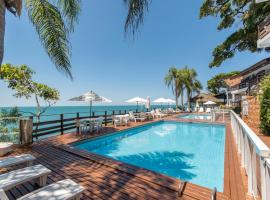 Bombinhas Tourist Apart Hotel, hotel near Estaleiro Beach, Bombinhas