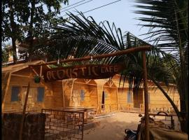 Acoustic Cafe, spa hotel in Arambol