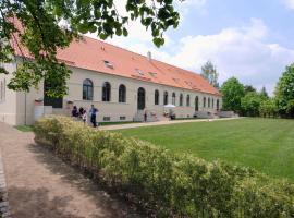 Kavaliershaus Suitehotel am Finckenersee, Hotel in Fincken