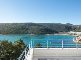Istra-Hvar Luxury Penthouse, luxury hotel in Rabac