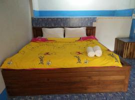 ปฎิภาณบ้านพัก, hotell sihtkohas Mae Hong Son