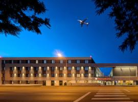 Hilton Garden Inn Bucharest Airport, hotel in Otopeni