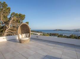 Luxury Villa with stunning sea views in Cap Martinet, hotel in Talamanca