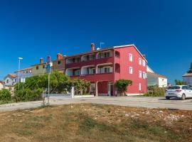 Apartments Boris, Ferienwohnung in Fažana