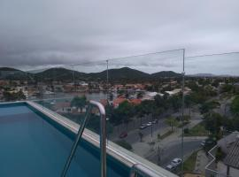 Suíte em Cabo Frio PASSAGEM - CENTRO - PRAIA DO FORTE, hotel near Praia dos Anjos Beach, Cabo Frio