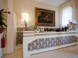 Hotel Ariston, hotel in Livorno