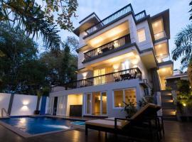 Villa Mitra by Vista Rooms, hotel with pools in Anjuna