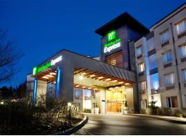 Holiday Inn Express-Langley, an IHG Hotel, hotel near Abbotsford International Airport - YXX, Langley